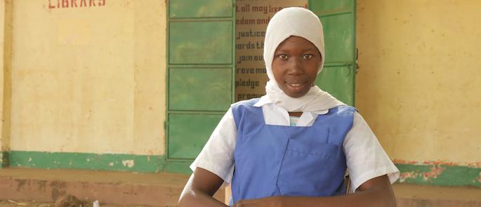 storie di adozione a distanza: Amina (Gambia)