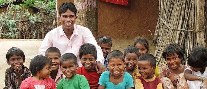 storie di adozione a distanza: Puja