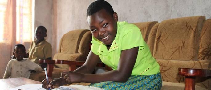 storie di adozione a distanza: Marvena